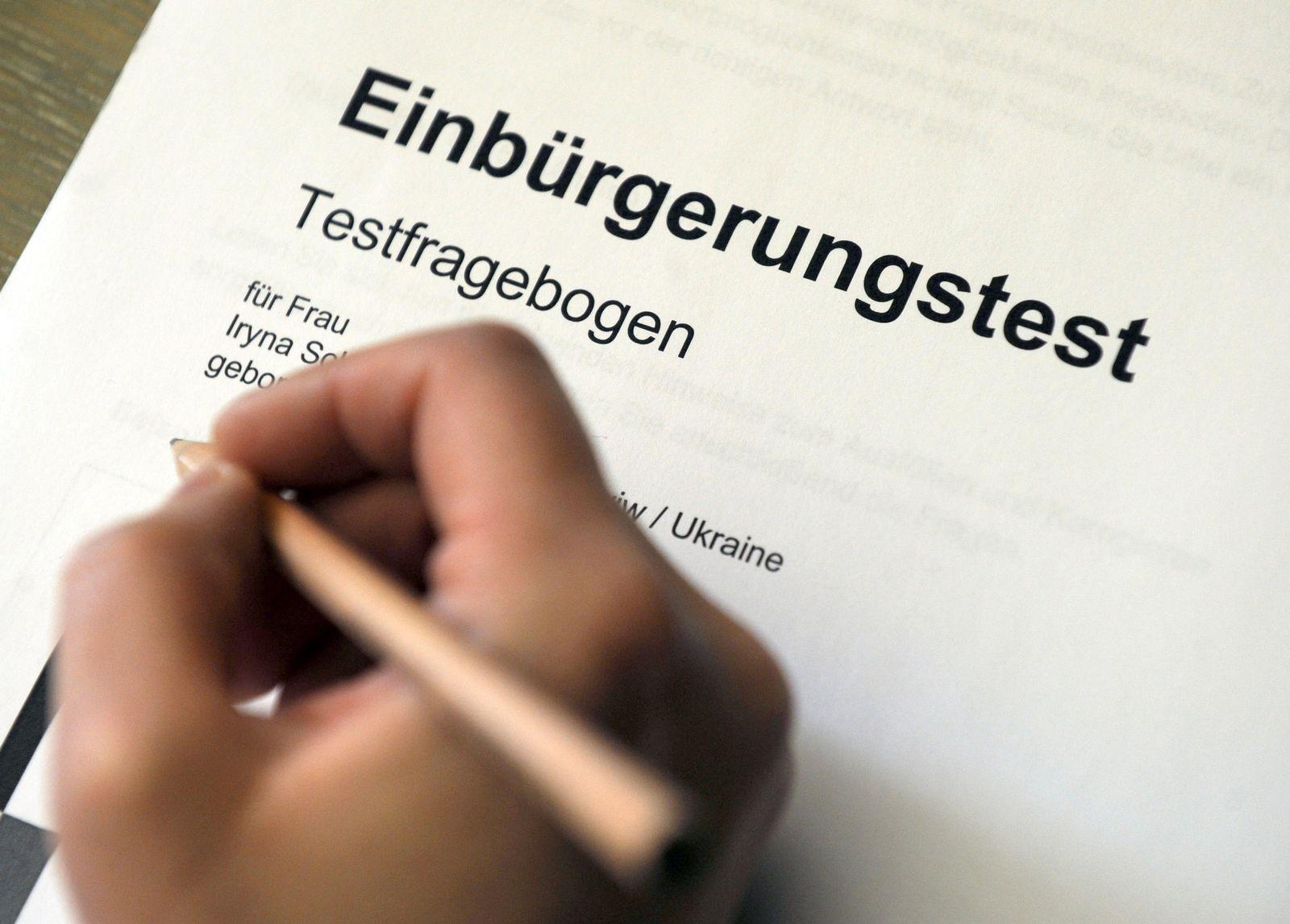 Integration / Zuwanderung / Einbürgerungstest