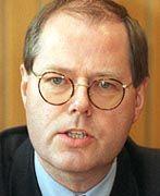 Finanzminister Steinbrück: Einnahmen von rund 104 Millionen Mark