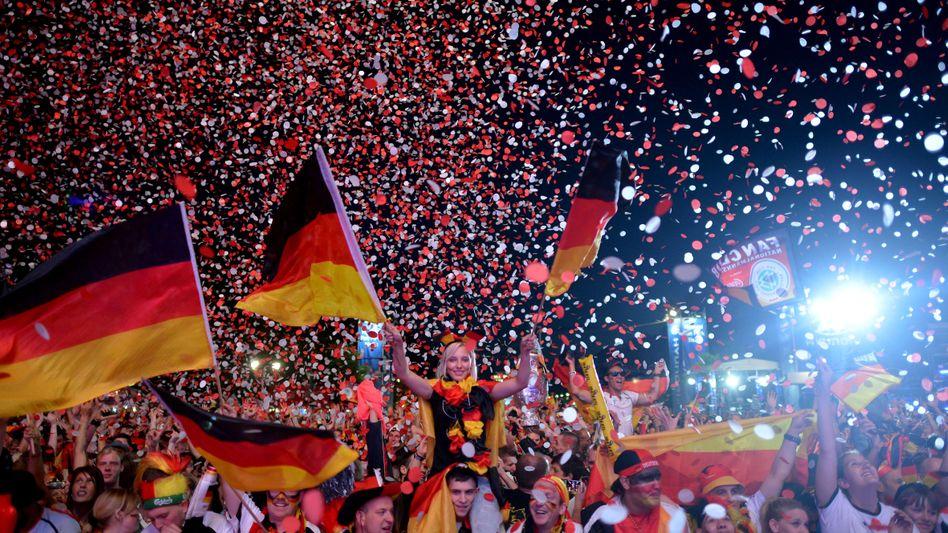 Fans während der EM 2012: Neue Liga für Europa?