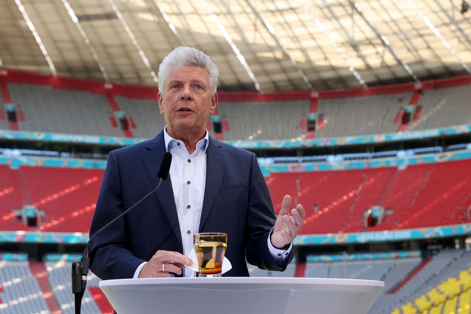 Fußball-EM - Vertreter von DFB und Bayerischer Staatsregierung