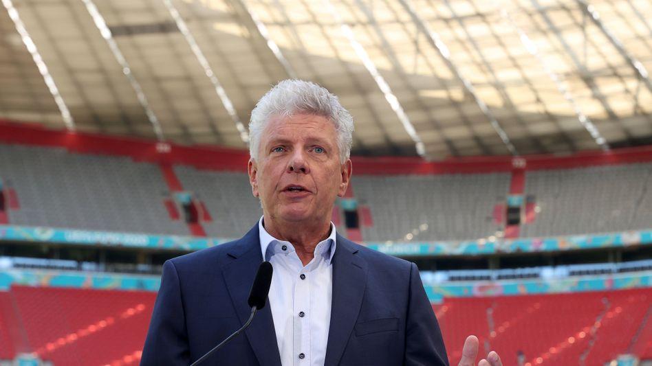 Münchens Oberbürgermeister Dieter Reiter bei einem Termin in der Münchner Allianz-Arena im Juni 2021
