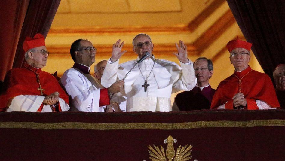 """Papst Franziskus: """"Er will damit sagen, dass wir im Dienste der Kirche stehen"""""""