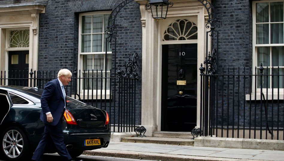 Boris Johnson in der Downing Street 10