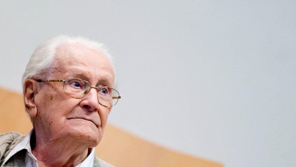 Oskar Gröning: Vier Jahre Haft für Beihilfe zum Mord in Hunderttausenden Fällen