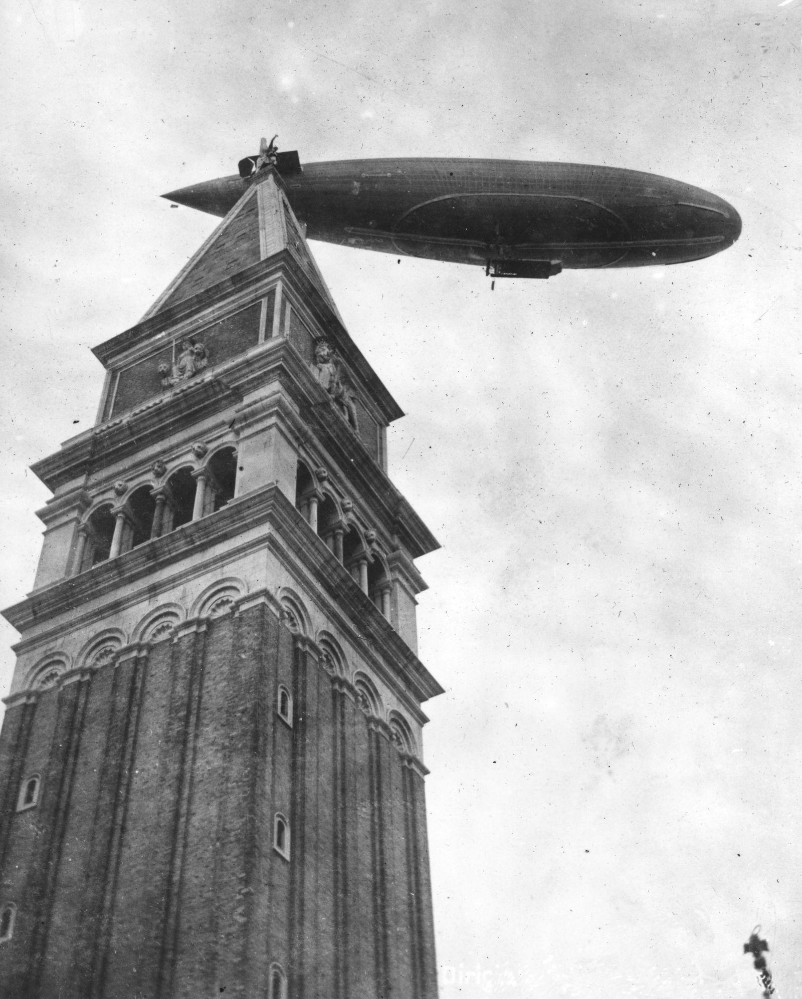 Venetian Airship