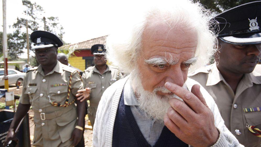 Pater Kizito: Gutmensch und mutmaßlicher Übeltäter