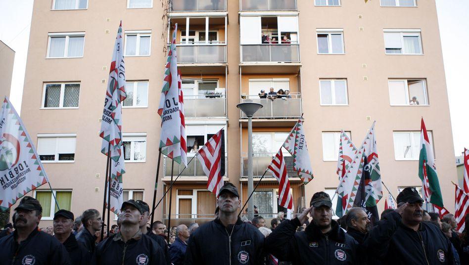 Anhänger der rechtsextremen Jobbik-Partei: Der Premier bedient sich ihrer Ideen