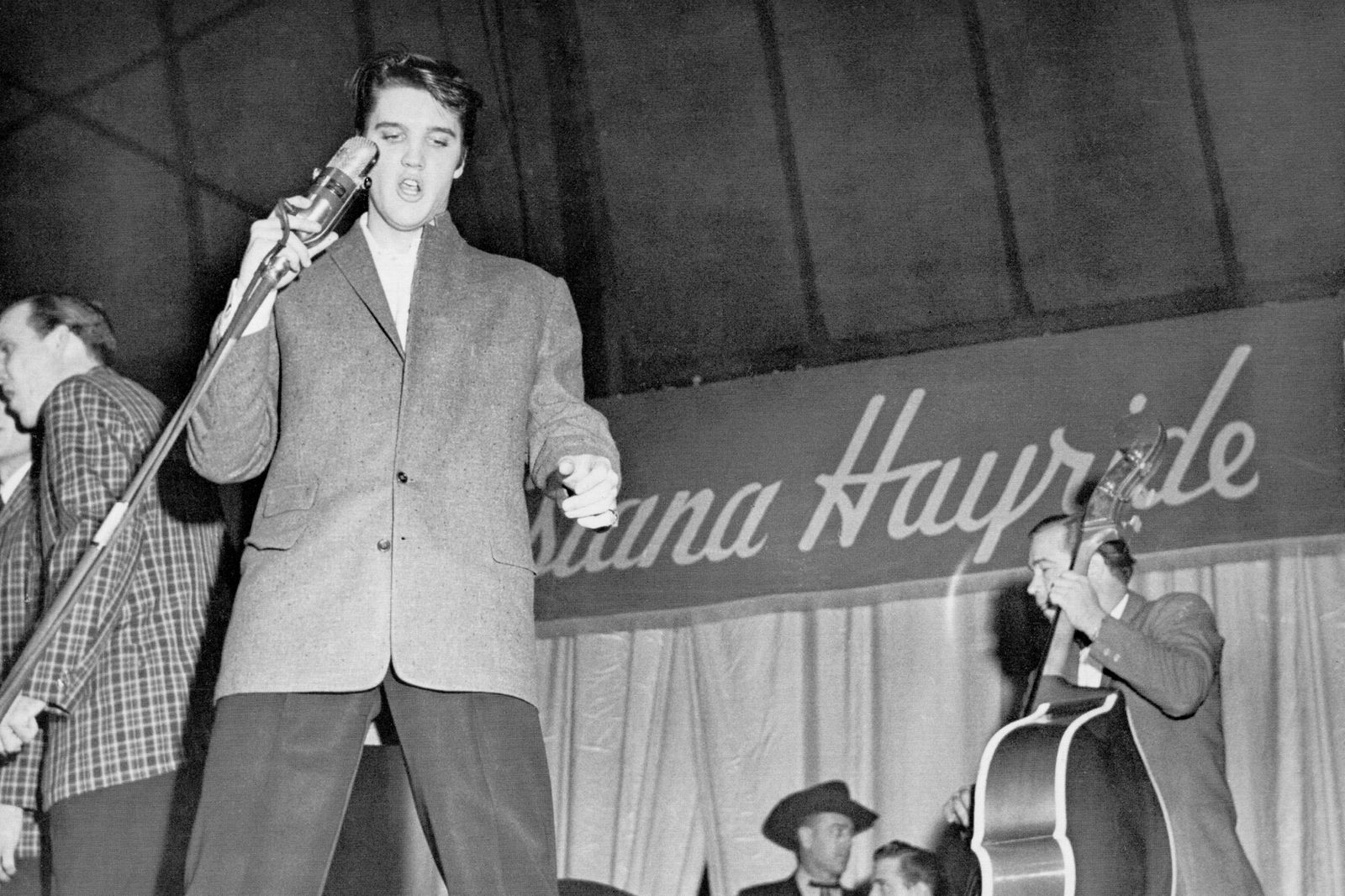 Elvis Presley on the Louisiana Hayride tour