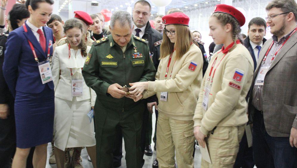 Russland: Wladimir Putins junge Armee