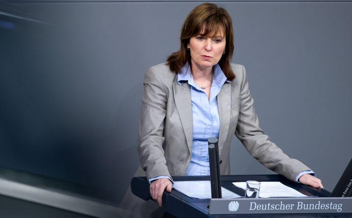 """Abgeordnete Hinz 2013: """"Wir haben doch das zweite Staatsexamen"""""""