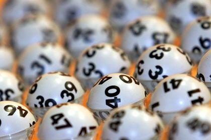 Lotto-Streit: In Hildesheim streiten ehemalige Freunde und Mitglieder einer Tippgemeinschaft über einen Gewinn von 1,7 Millionen Euro