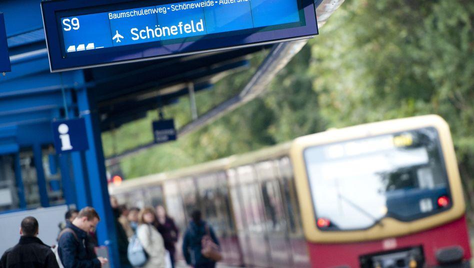 Berliner S-Bahn Richtung Schönefeld (Archiv)