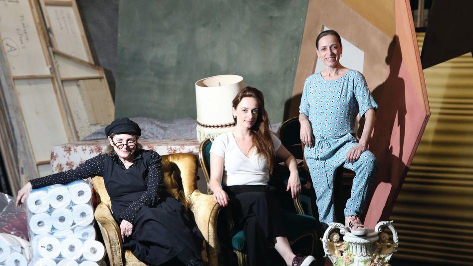Kulturschaffende Katharina, Nellie, Anna Thalbach:Hoffen, dass die Krise die Dinge zum Guten ändert