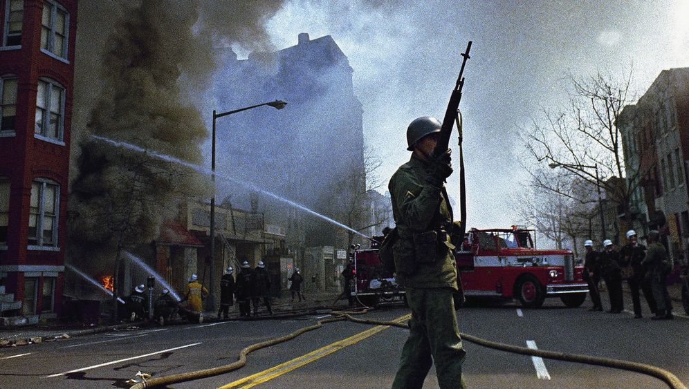 Ausschreitungen in Washington: Hauptstadt in Flammen