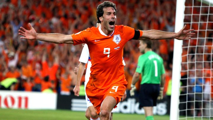 """Weltstar Ruud van Nistelrooy: """"Van the Man"""" kommt an die Elbe"""