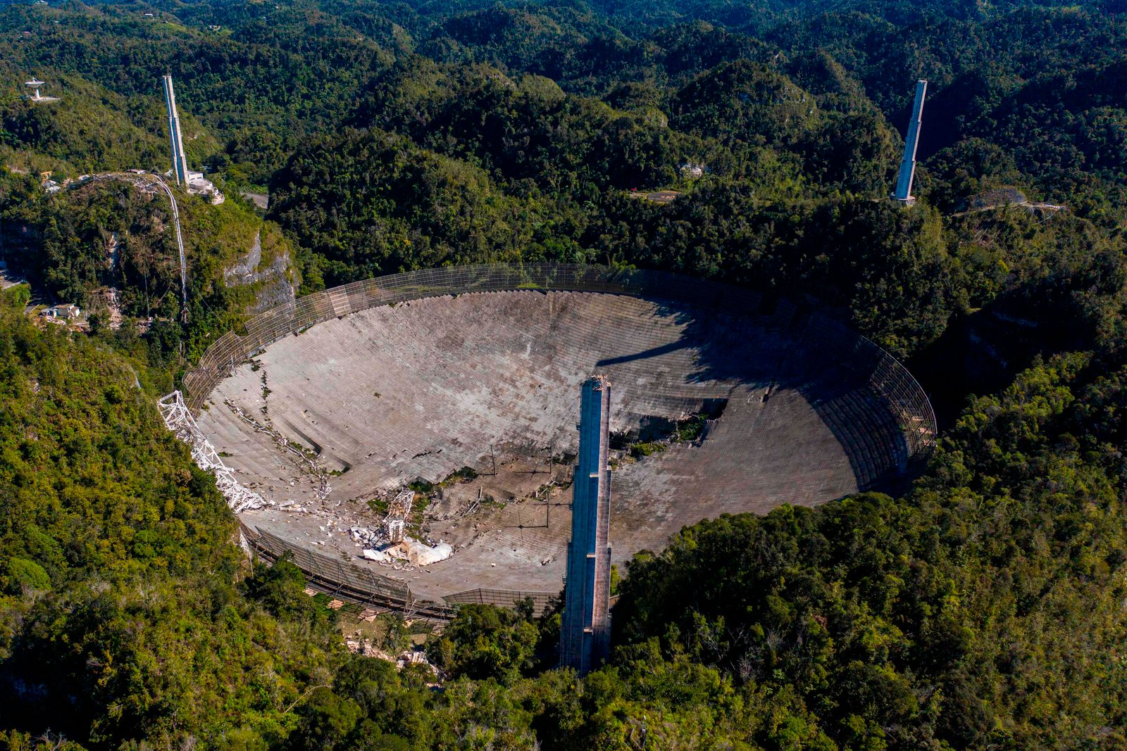 TOPSHOT-PUERTORICO-SCIENCE-ASTRONOMY-OBSERVATORY-US
