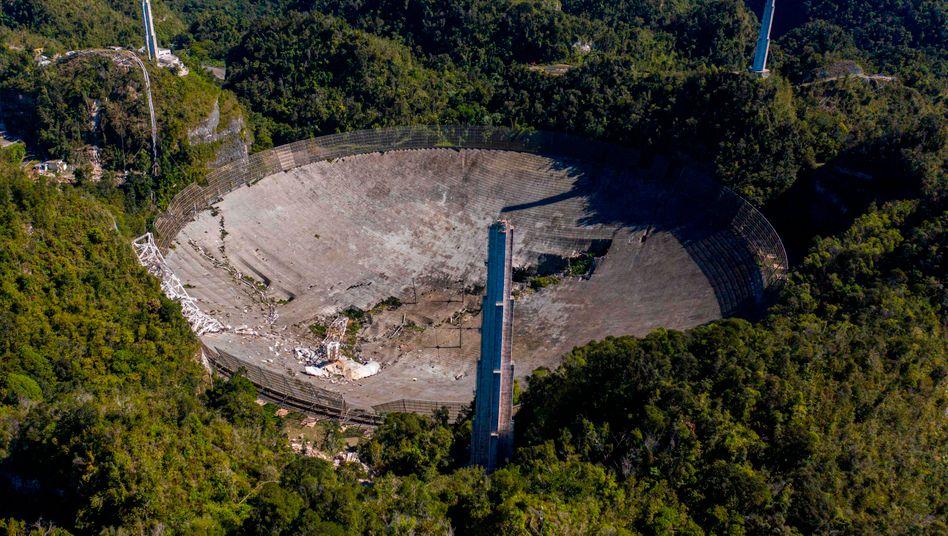 Ehemaliger Standort des Arecibo-Teleskops in Puerto Rico am 1. Dezember: 305 Meter Durchmesser