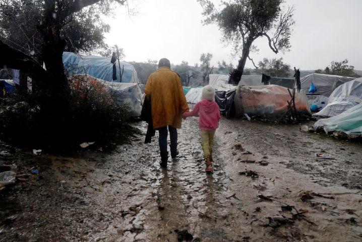 Europas Flüchtlingspolitik und die Menschenwürde: Moria, Insel Lesbos, Griechenland im Dezember 2019
