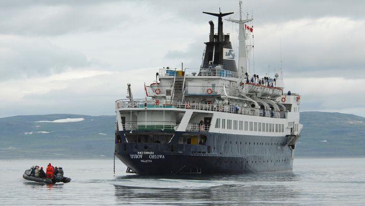 """Lyubow Orlowa"": Geisterschiff mit Kurs Europa"