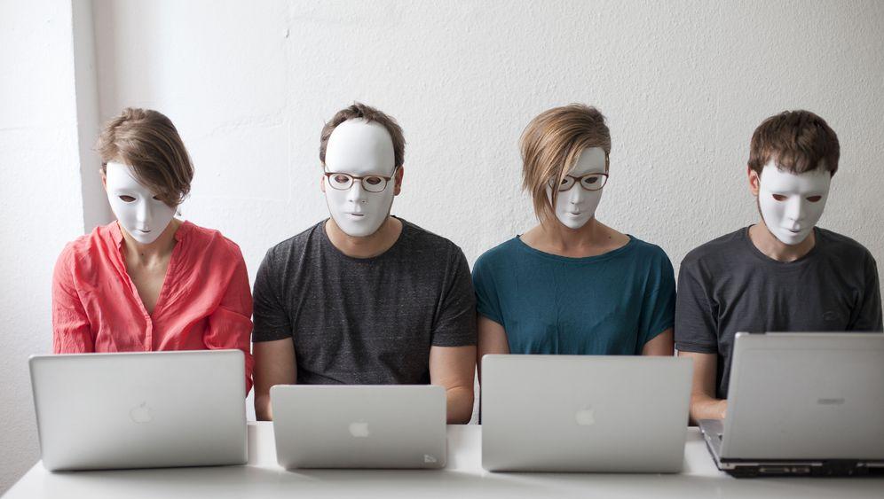 Online-Pranger: Die Gesinnungspolizisten