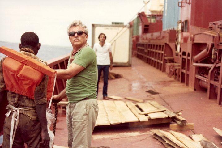 Kapitän Avner Gilad zwang 1982 einen blinden Passagier auf ein Behelfsfloß