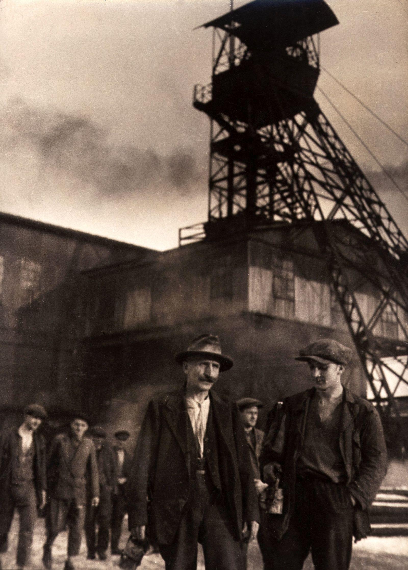 NICHT MEHR VERWENDEN! - Bergwerks / Ruhrgebiet um 1900
