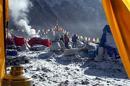 Wacholderrauch: Mögen die Götter mit den Sherpa sein