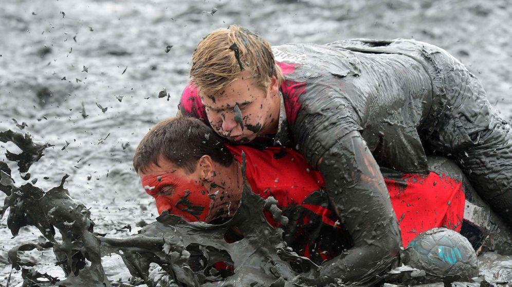 Photo Gallery: Knee Deep in Mud