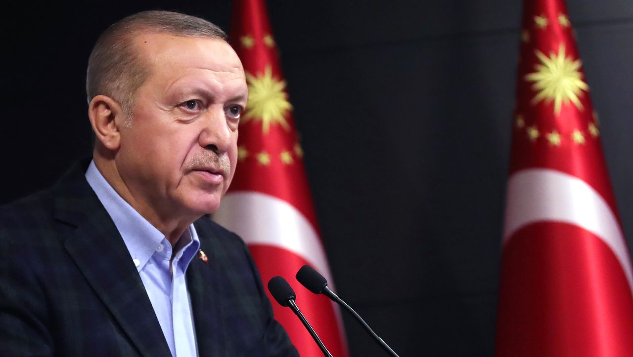 Nach Kritik: Erdogan zeigt Moderator wegen Präsidentenbeleidigung an - DER SPIEGEL - Politik