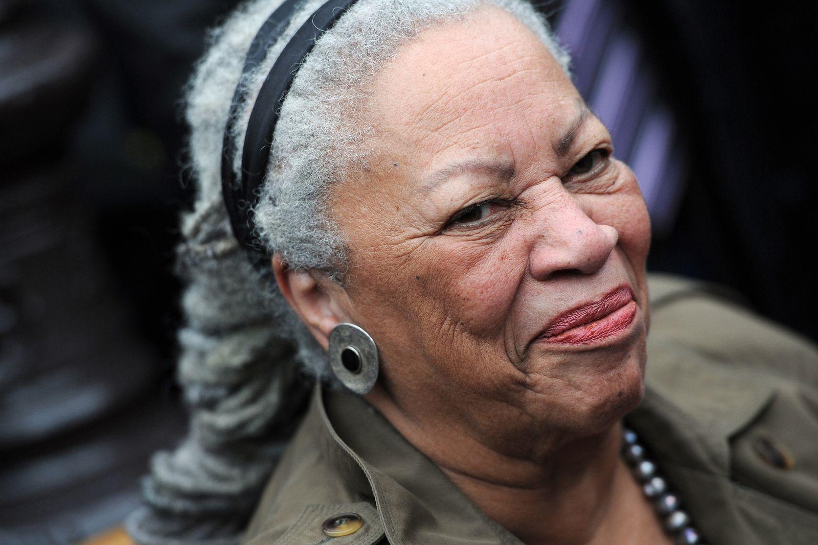 Buch/ Toni Morrison: Die Herkunft der anderen