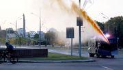 Polizei setzt Wasserwerfer gegen Demonstranten ein