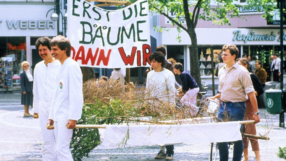 Demo unter dem Motto »Rettet den Wald« 1984 in Frankfurt