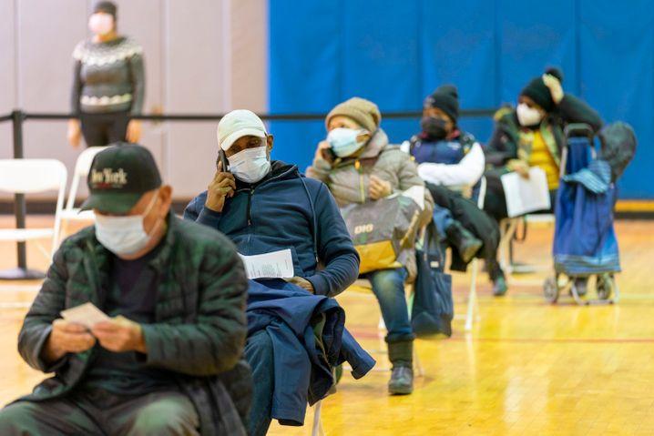 Coronaschutz im Schnelldurchlauf: Impfzentrum im New Yorker Stadtteil Bronx