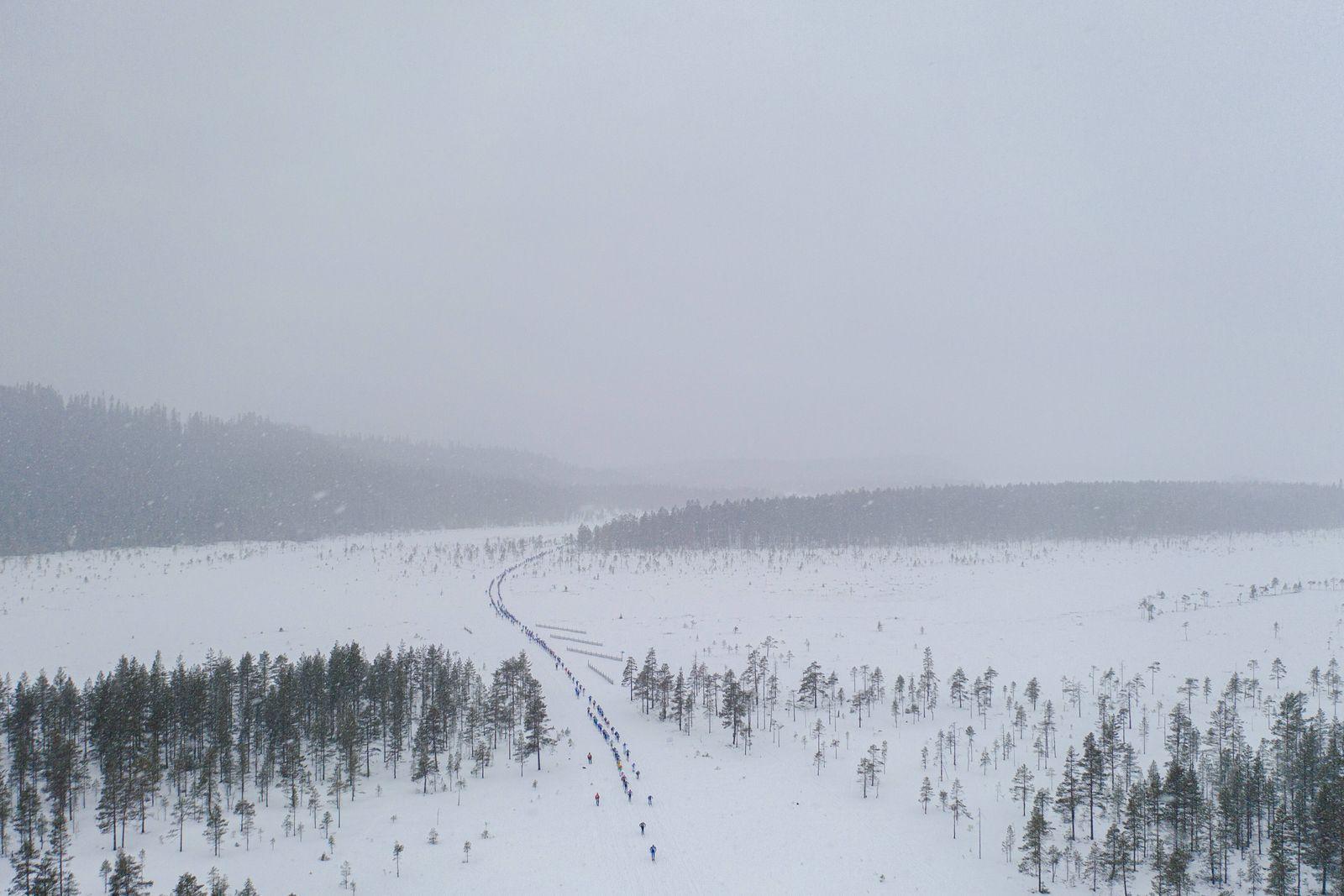 200301 Skidakare tävlar under Vasaloppet den 1 mars 2019 i Sälen. *** 200301 Skiers compete during the Vasaloppet on Ma