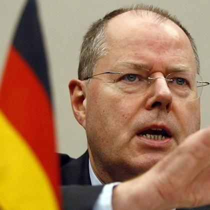 Bundesfinanzminister Steinbrück: Harte Maßnahmen gegen Steuersünder