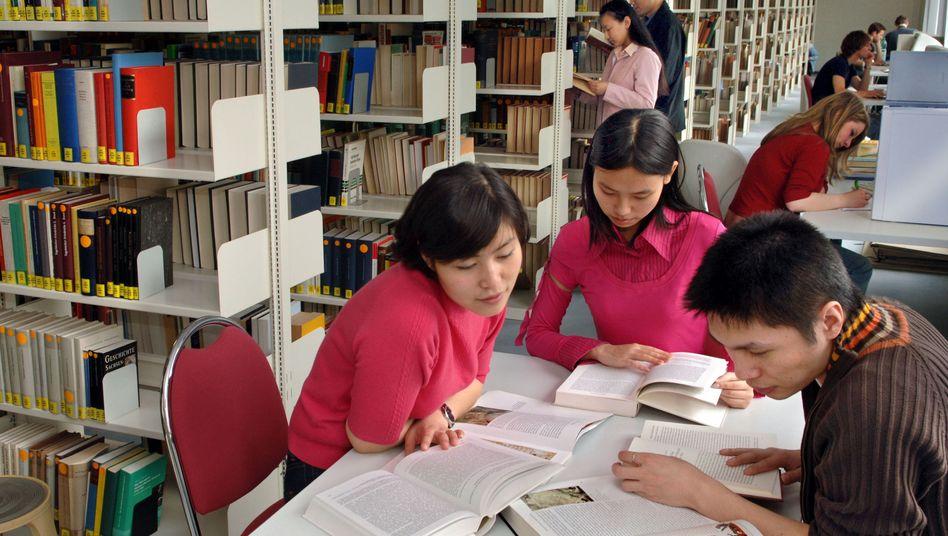 Chinesische Studenten in Deutschland (Archivbild): Nicht aus den ärmsten Elternhäusern?