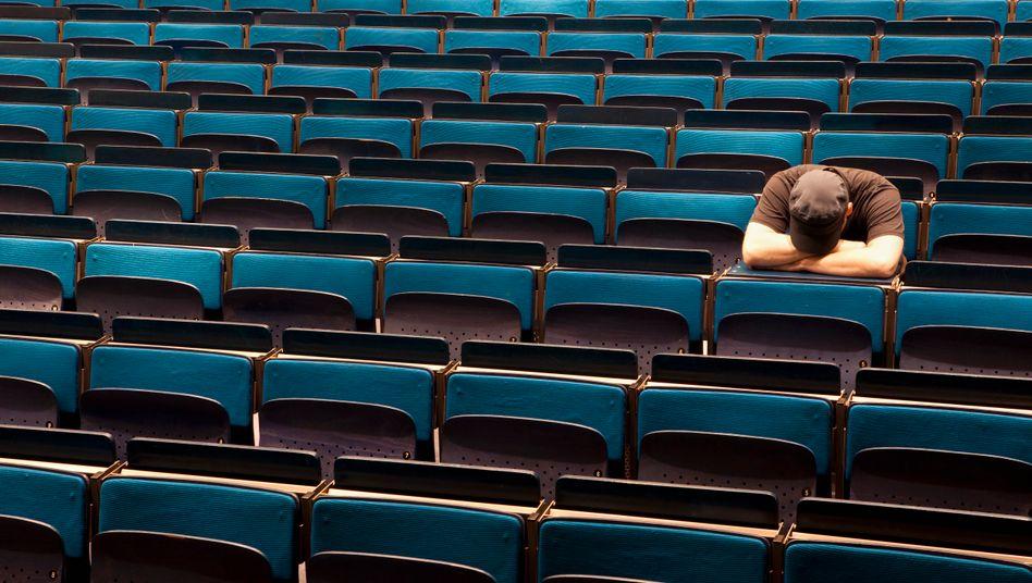 Warum fällt mir das Studium so schwer? Oft liegt es an den gleichen Fehlern, sagt Kolumnist Tim Reichel. (Symbolbild)