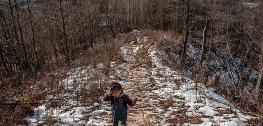 """Illegal Pushbacks: Children Caught in """"The Game"""" on the Croatian Border"""