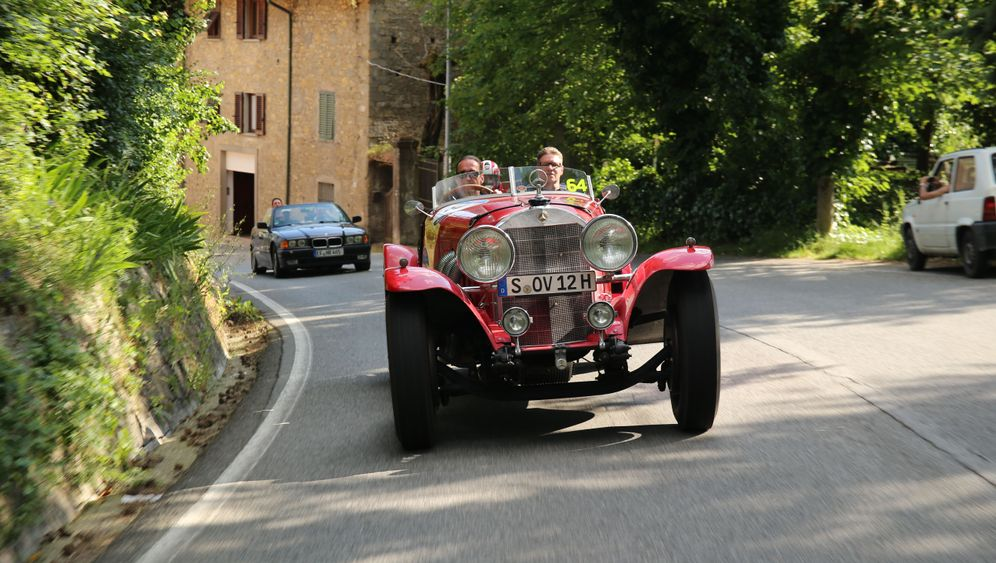 Mille Miglia im Mercedes SS: Ü80-Party