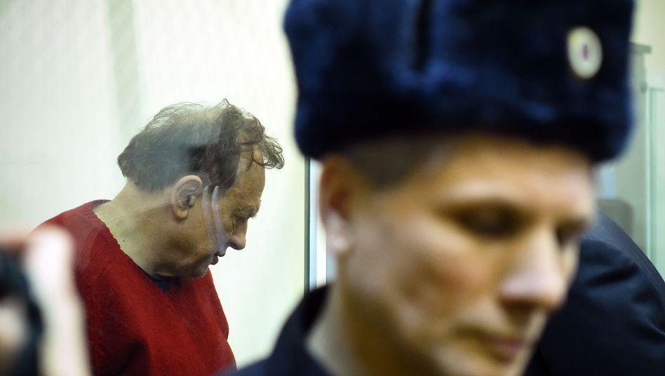 Der tatverdächtige Historiker Oleg Sokolov bei seiner gerichtlichen Anhörung in St. Petersburg