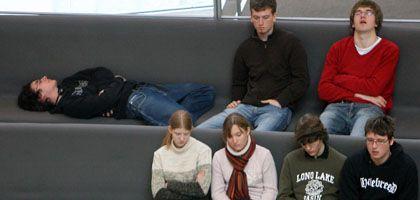 """Zuschauertribüne im Bundestag: """"Junge Leute haben das Gefühl: Wählengehen ändert nichts"""""""