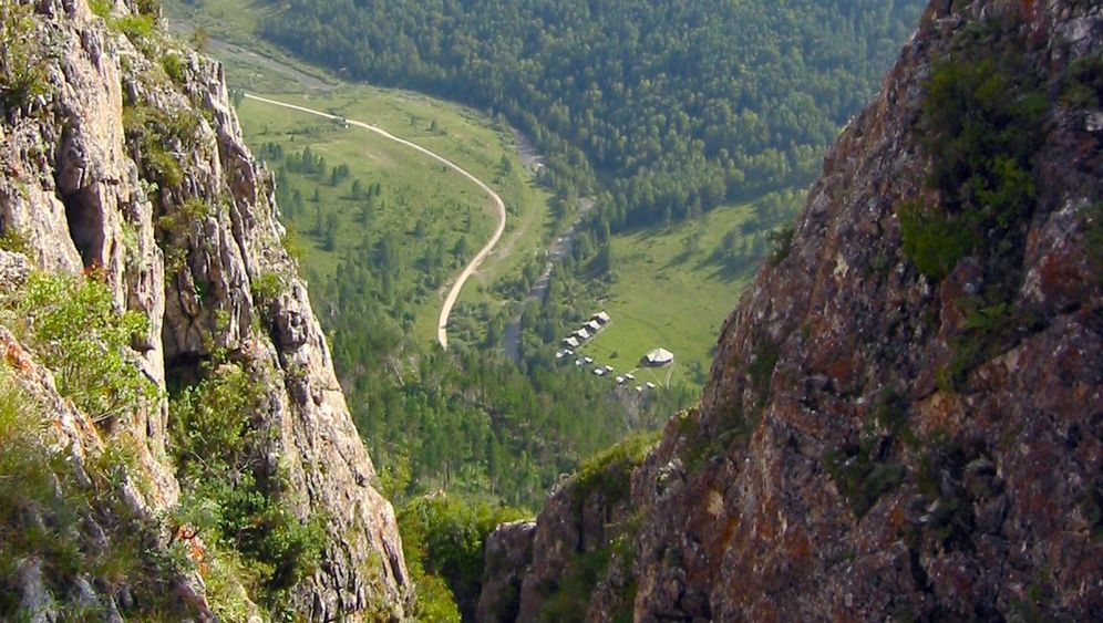 Südsibirien: Die rätselhaften Funde aus der Denisova-Höhle