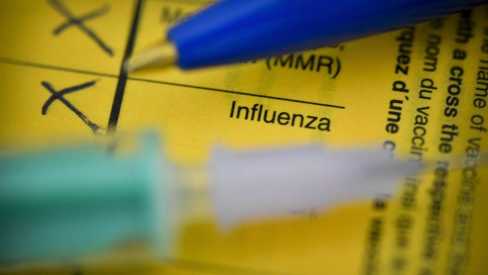 Die Grippeimpfung wird vor allem älteren Menschen und chronisch Kranken empfohlen