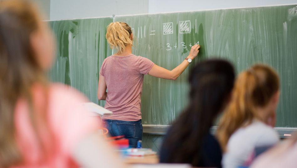 Mathematikunterricht an einer Gesamtschule in Niedersachsen (Archivbild)