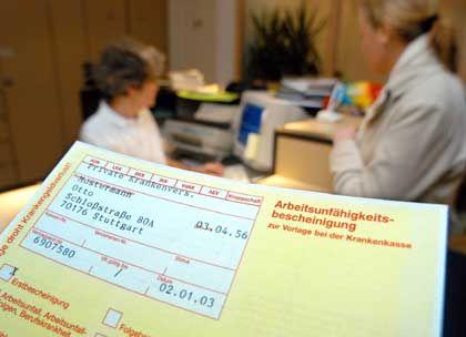 """""""Gelber Zettel"""": Geringere Krankenstände durch Lügendetektor-Placebos"""