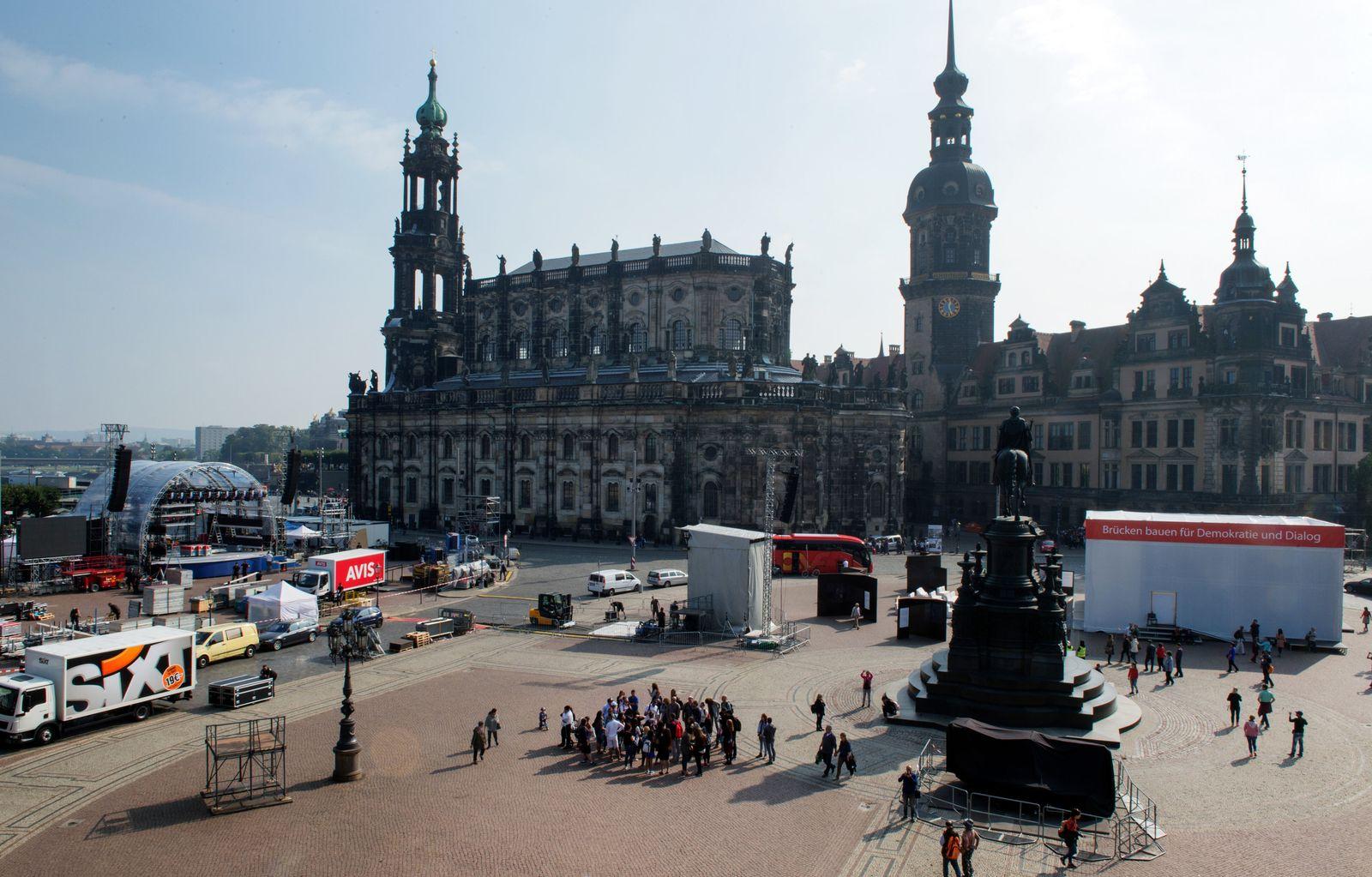 Dresden Vorbereitungen Tag der Deutschen Einheit 2016