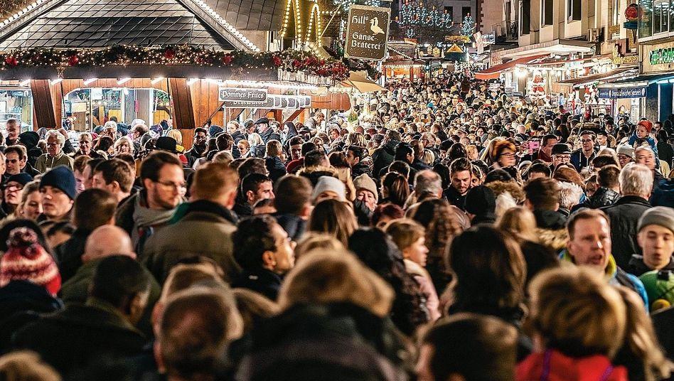 """Marktbesucher in Frankfurt am Main 2018:""""Mehr Platz und weniger Stände"""""""