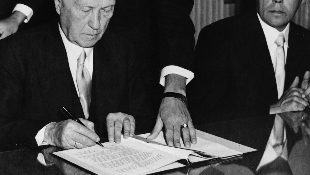 Adenauers Widersprüche: Kabinettsprotokolle unter Verschluss