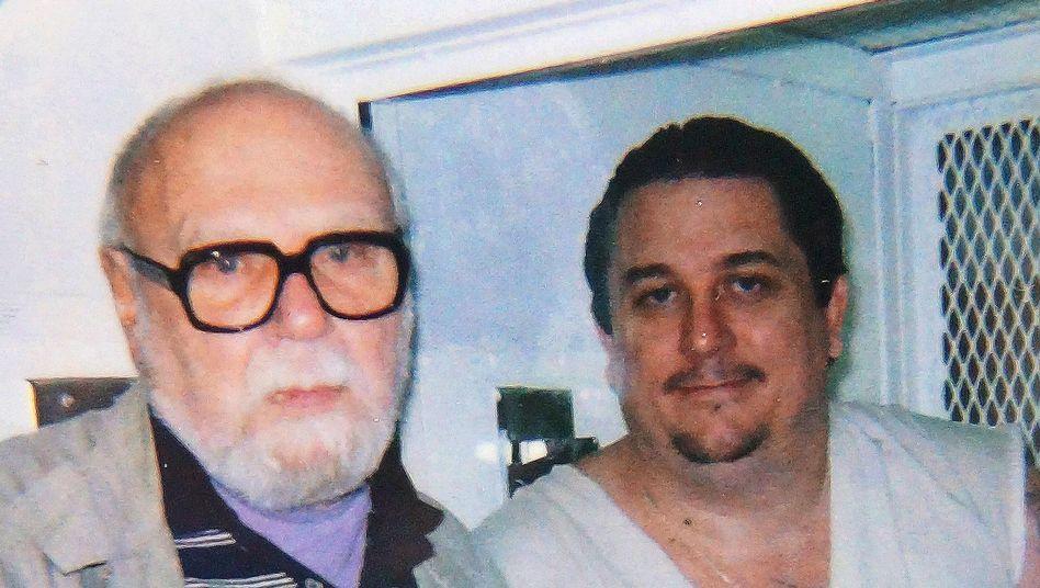 Karl Rodenberg, Häftling Dennis Bagwell