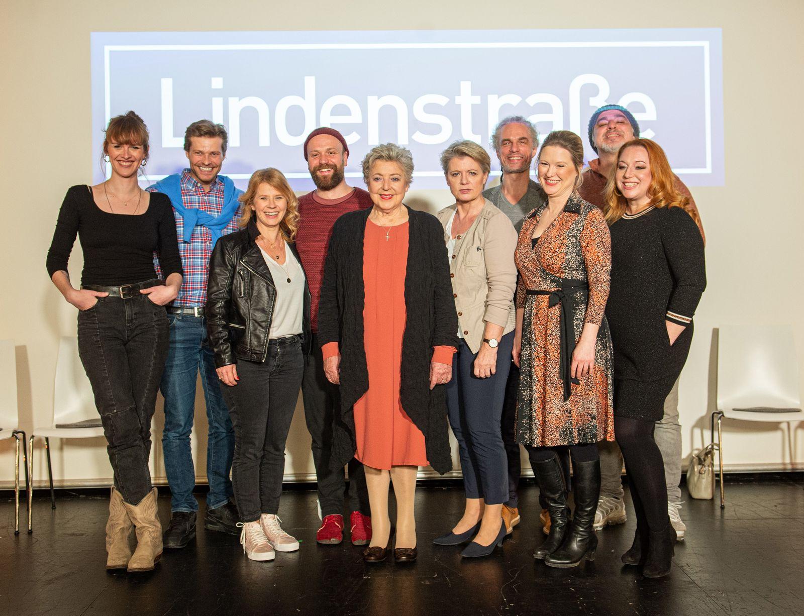 Pk mit Darstellern der «Lindenstraße»